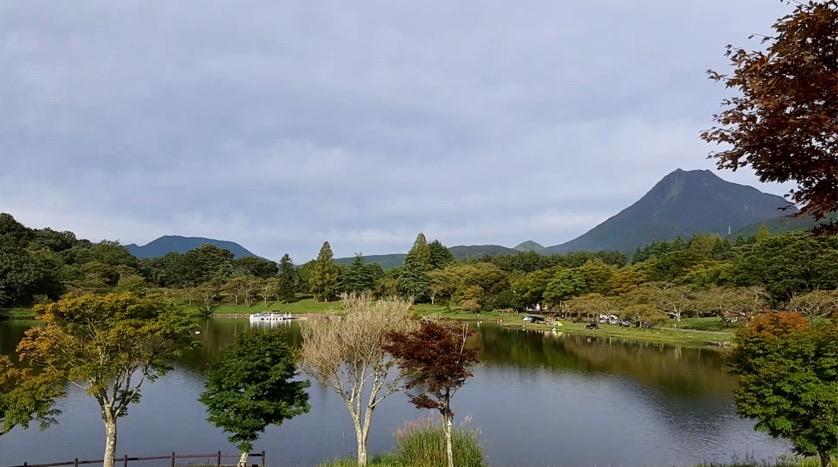 志高湖と由布岳が見えるキャンプサイト