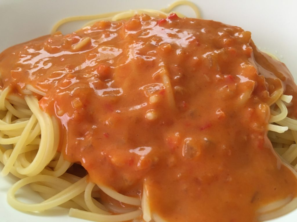 蟹のトマトクリームパスタ