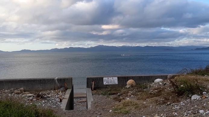 大分県佐伯市上浦にある小田の浜海水浴場、キャンプ場の眺め