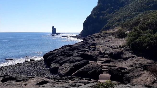 火の神公園キャンプ場 立神岩