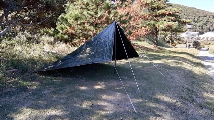 キャンプ初心者でも張れるodグリーンシートをタープにする張り方
