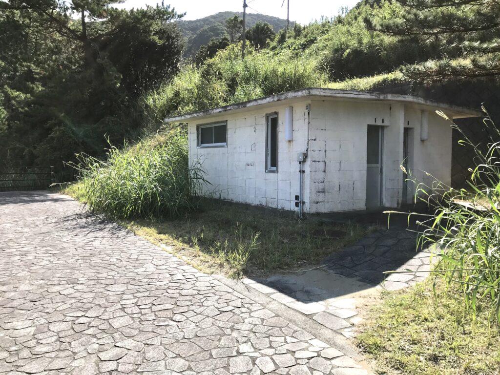 大泊野営場 シャワー室 トイレ
