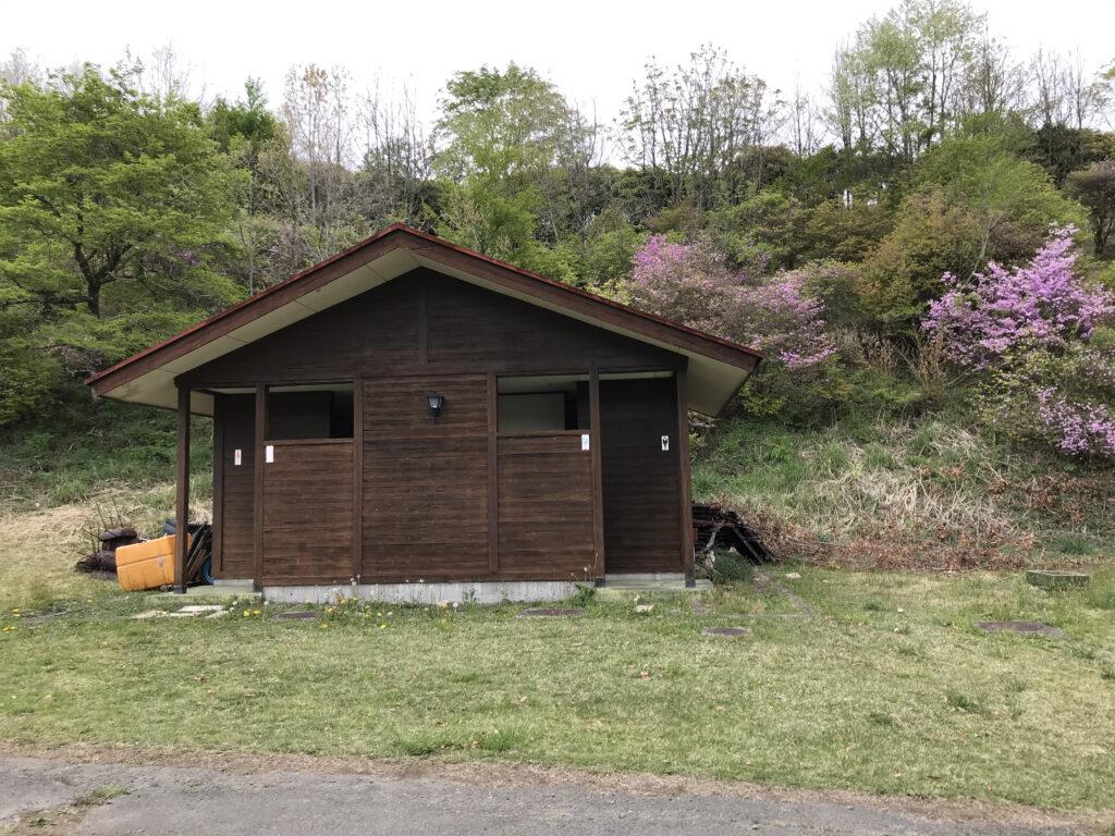 熊本県阿蘇郡ヒゴダイ公園キャンプ場 トイレ